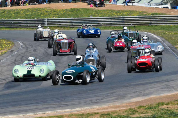 Historic Racing Action at Wakefield Park